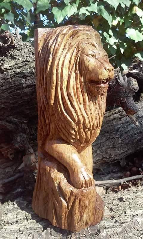 Jeramiah Desousa lion sculpture